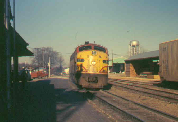 Southern Belle engine 73 arriving Siloam Springs Ar